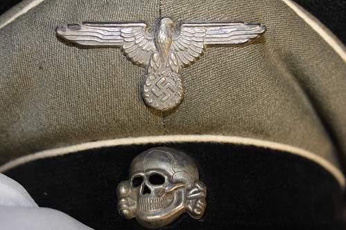 Fake-SS Officers schirmutze