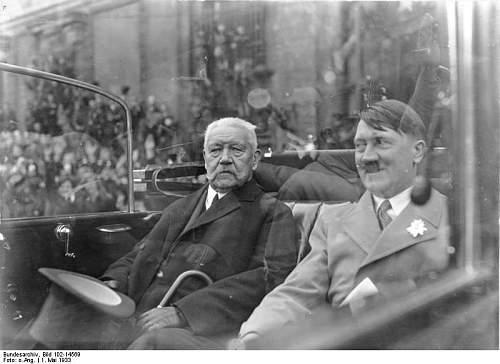 Click image for larger version.  Name:Bundesarchiv_Bild_102-14569,_Berlin,_Mai-Feier,_Hindenburg_und_Hitler.jpg Views:785 Size:52.5 KB ID:269810