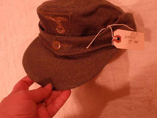 Click image for larger version.  Name:ss bw hat 1.jpg Views:33 Size:60.5 KB ID:292440