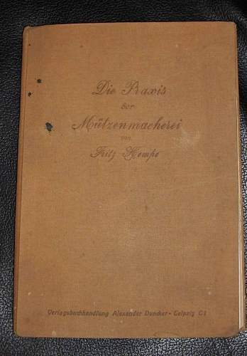 Click image for larger version.  Name:Mützenmacher05-Buch.jpg Views:59 Size:75.0 KB ID:456316