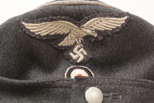 Click image for larger version.  Name:2CULUFTWAFFEMODEL43OFFICERCAP.jpg Views:27 Size:28.6 KB ID:535710