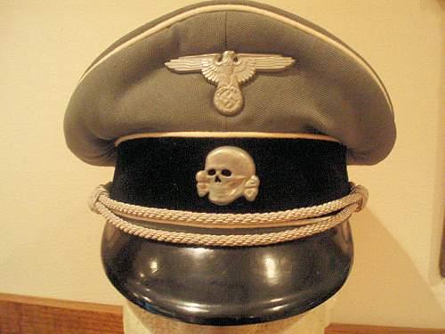 Click image for larger version.  Name:AUSTRIAN SS OFFICER VISOR CAP 002.jpg Views:54 Size:109.1 KB ID:536557