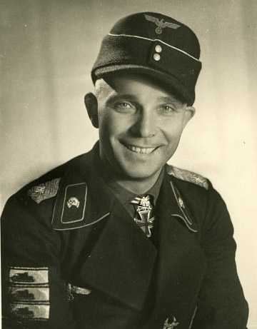 Opinions of this Panzer Officers M43 cap?