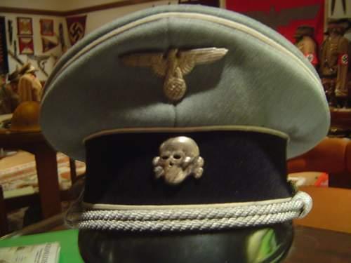 Click image for larger version.  Name:gray pekuro ss officer visor cap 001.jpg Views:45 Size:148.6 KB ID:634528
