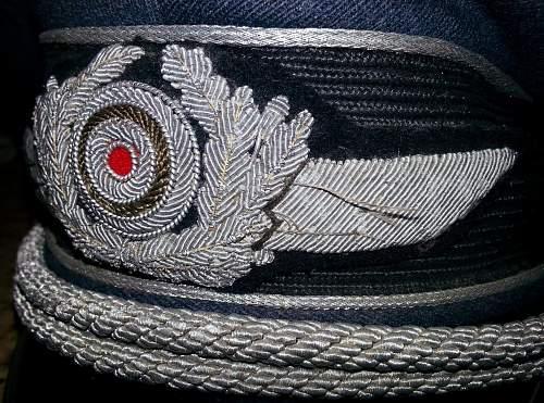 Help please- LW Officer's Visor Cap?