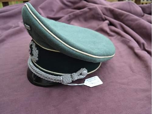Officer's schirmutze - Authentic?