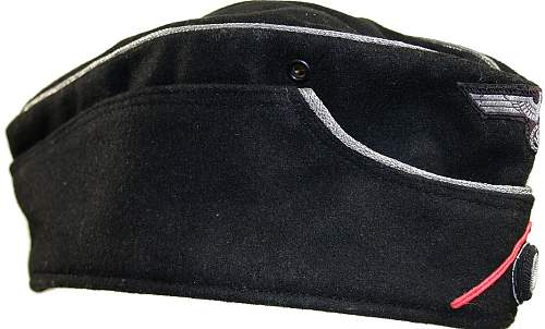 Need help on WH Pz sidehat Off.