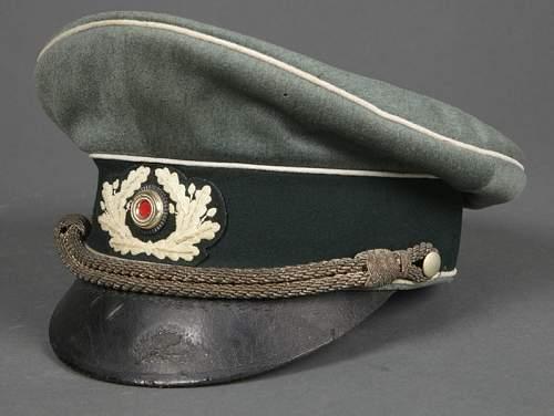 Original or fake: Heer Officers Schirmmutze