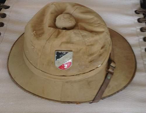 Kriegsmarine or Heer tropenhelm (pith helmet)? Let me know if I should post in steel helmet forum