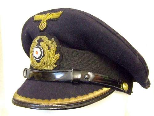 Kriegsmarine officers hat with cat badge
