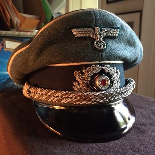 Heer Officers Visor or??? Please Help
