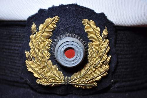 Click image for larger version.  Name:Kriegsmarine Junior officer's cap (3).jpg Views:35 Size:109.7 KB ID:892761