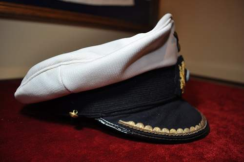 Click image for larger version.  Name:Kriegsmarine Junior officer's cap (6).JPG Views:37 Size:266.2 KB ID:892764