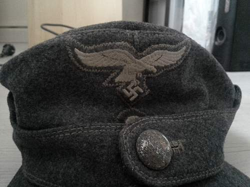 Need some info about this Luftwaffe cap: real?