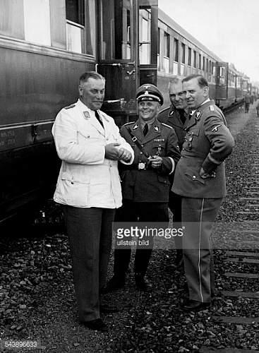 Julius Schaub SS General's visor cap