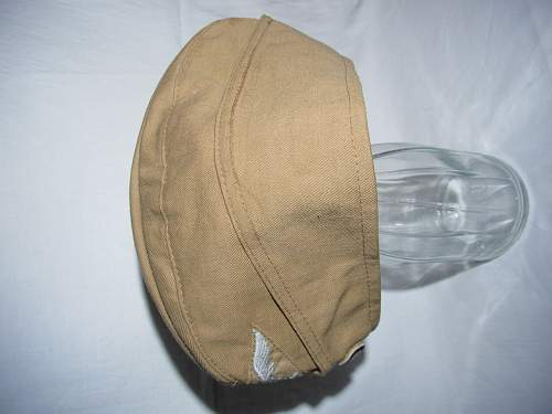 M43 hats and overseas cap for Luftwaffe