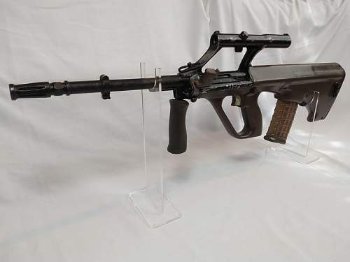 This weeks Auctioneer pick from the Antique & Deactivated Arms auction