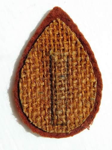 Click image for larger version.  Name:WRAC.beret badge backing.rev.jpg Views:13 Size:235.1 KB ID:1071030