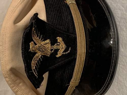 WWII USN Cadet visor hat??