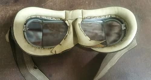 British pilot or motorcycle glasses - WW2?