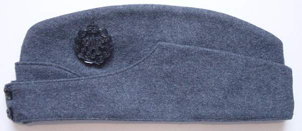 Click image for larger version.  Name:RAF Field Service cap..jpg Views:194 Size:196.7 KB ID:18526