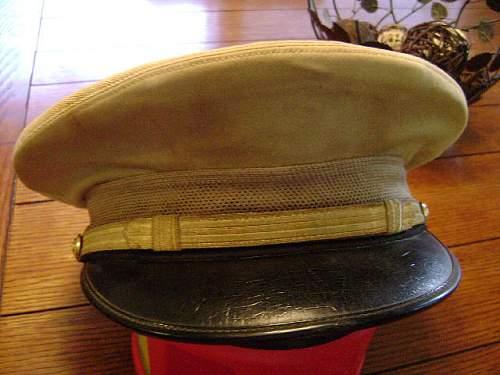 Vintage of this USN Officers Khaki Peaked Cap