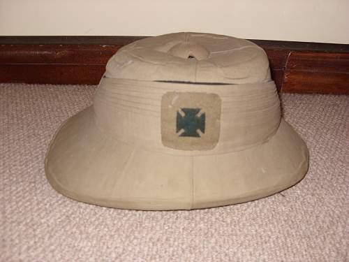 Need help identifying pith helmet