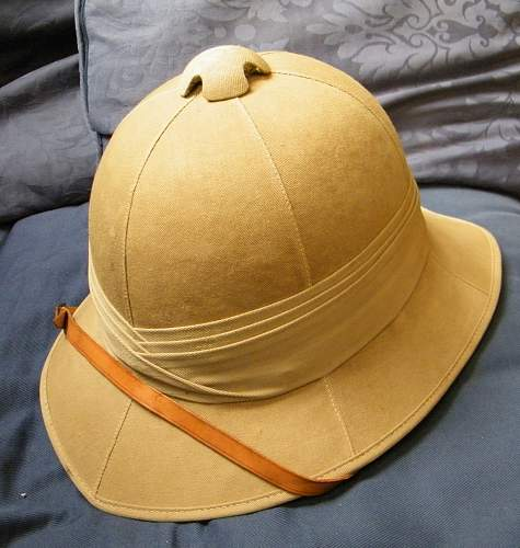 Click image for larger version.  Name:British pith helmet.jpg Views:920 Size:249.5 KB ID:354746