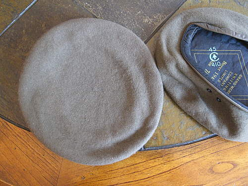 Click image for larger version.  Name:canadian beret 008.jpg Views:119 Size:326.4 KB ID:386910