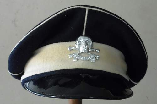 Any thoughts on this 17/21st Lancers cap...