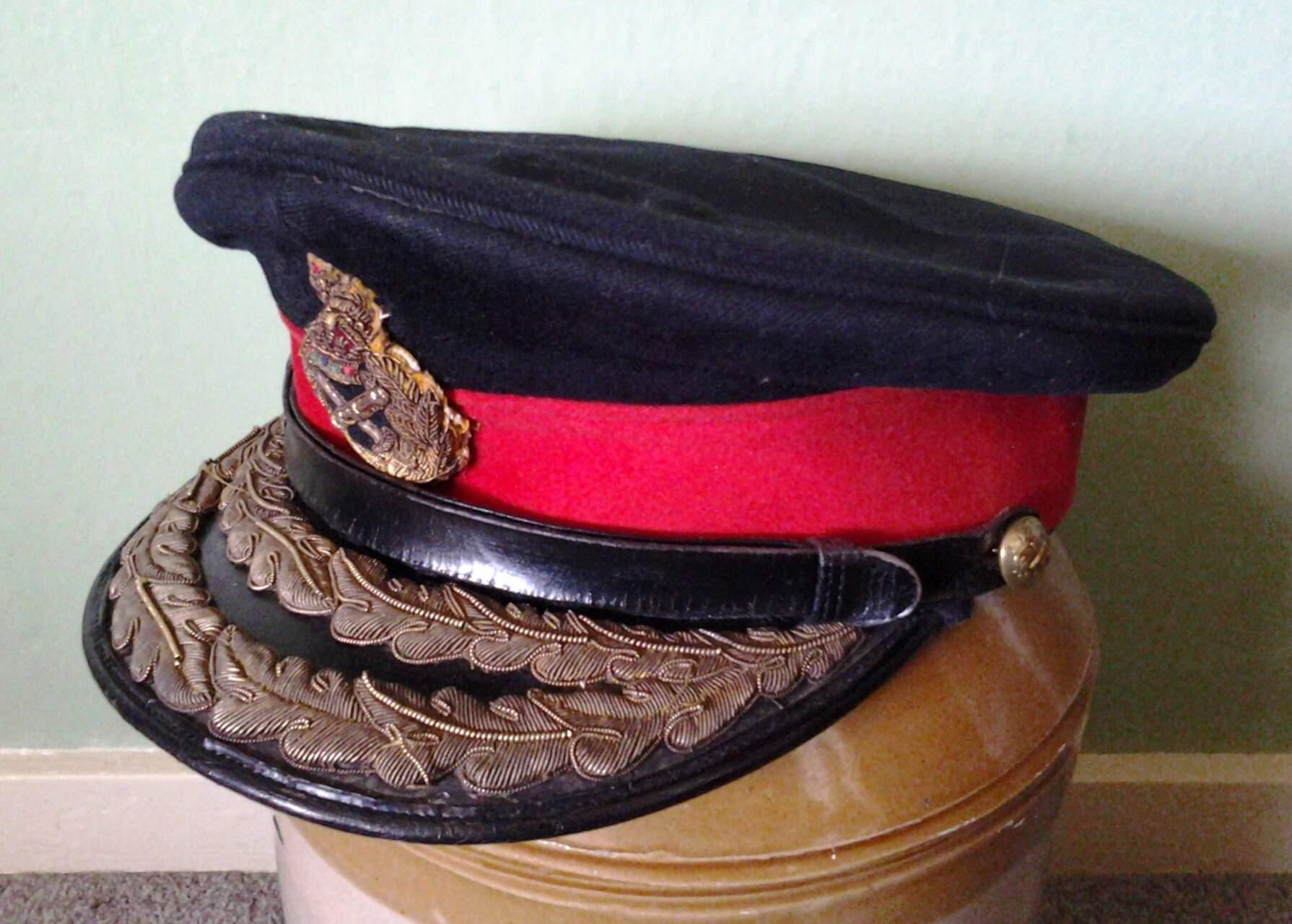 British army generals peaked cap 8a30ccf75d6