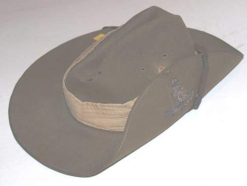 Click image for larger version.  Name:slouch_hat.jpg Views:177 Size:22.5 KB ID:488907