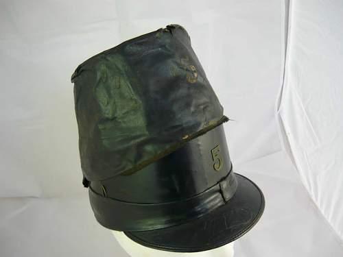 Q: Unknown  Belgian army hat (Kepi?)