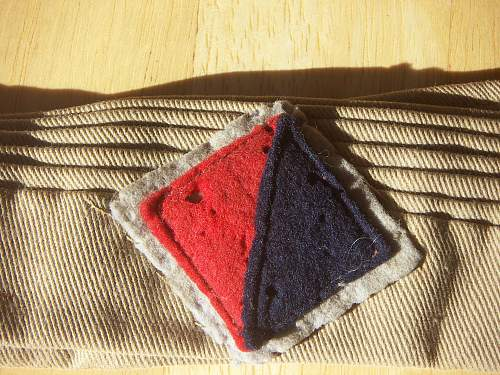 WW2 Australian 7th Div. Pugree and colour patch.