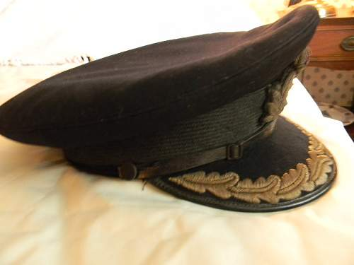 WWII Royal Navy  Senior Officer Visor cap