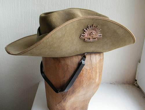 Click image for larger version.  Name:slouch hat 1.jpg Views:1323 Size:231.8 KB ID:528500