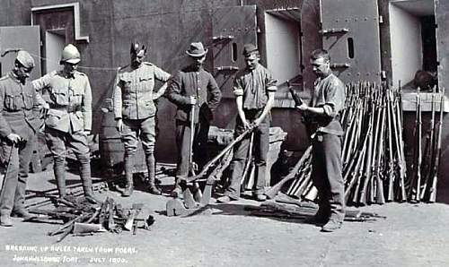 Click image for larger version.  Name:fs caps boer war pic.jpg Views:48 Size:49.5 KB ID:626631