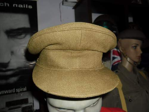 does anyone know the age of this aussie  service cap ?