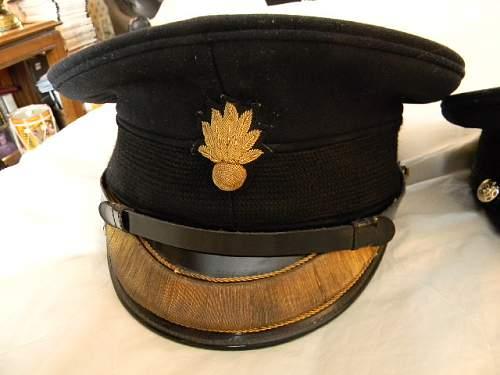 Foot Guards Officer's dress visor caps