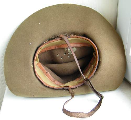 Click image for larger version.  Name:slouch hat #4 p4.jpg Views:102 Size:212.0 KB ID:674491