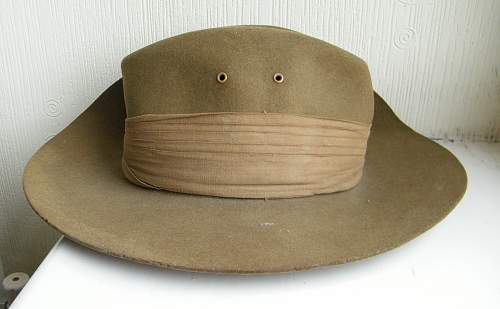1941 dated slouchie