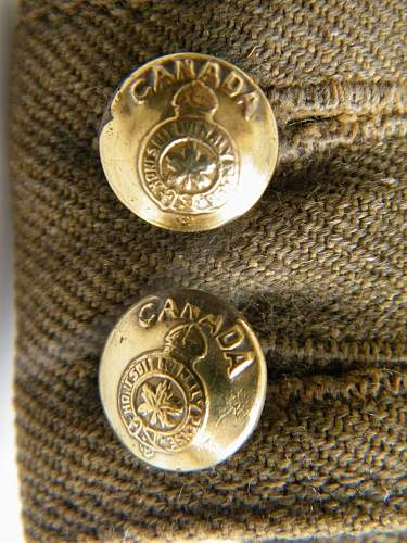 Click image for larger version.  Name:Canadian fs cap with RWF badge 6.jpg Views:25 Size:231.7 KB ID:709268