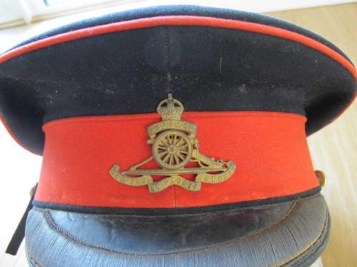 Click image for larger version.  Name:territorial ra officers forage cap pre 1917 1.jpg Views:412 Size:151.2 KB ID:744908