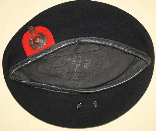Wwii british berets traits and construction