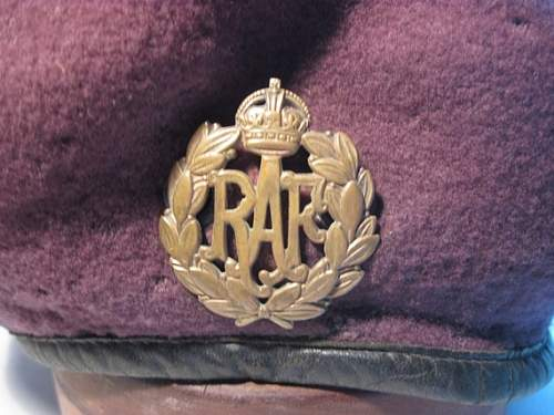 Click image for larger version.  Name:RAF Beret 2.jpg Views:94 Size:63.7 KB ID:767769