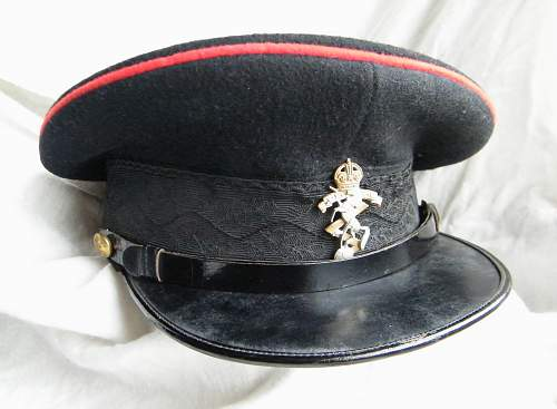 Click image for larger version.  Name:REME junior officer forage cap 2.jpg Views:137 Size:208.7 KB ID:768672
