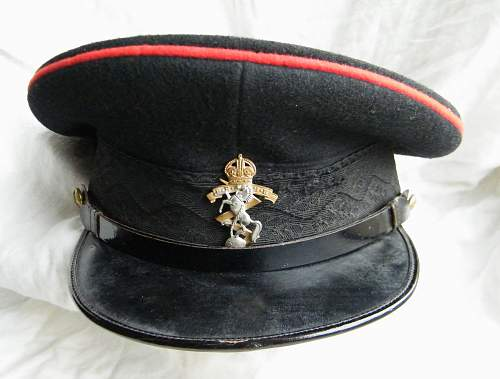 Click image for larger version.  Name:REME junior officer forage cap 3.jpg Views:133 Size:205.4 KB ID:768673
