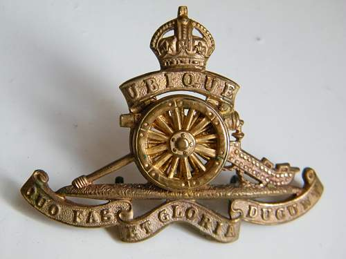 Click image for larger version.  Name:ra firmin cap badge 1.jpg Views:74 Size:190.3 KB ID:848809