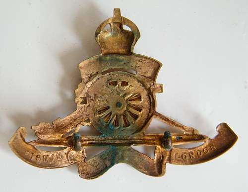 Click image for larger version.  Name:ra firmin cap badge 2.jpg Views:66 Size:181.0 KB ID:848810