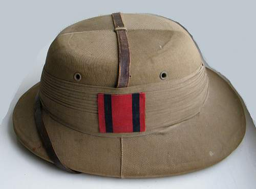 Click image for larger version.  Name:RE India pattern sun helmet.jpg Views:23 Size:282.5 KB ID:850730